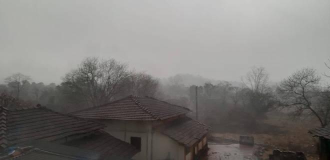 पुढील ३ दिवस राज्यात ढगाळ वातावरण, उत्तर महाराष्ट्रात या जिल्ह्यांत वादळी वाऱ्यासह गारपीटीची शक्यता