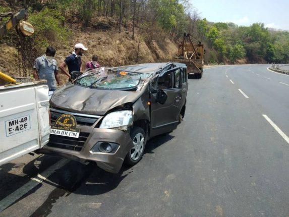 मुंबई अहमदाबाद राष्ट्रीय महामार्गावर कार ला भीषण अपघात, एकाचा मृत्यू