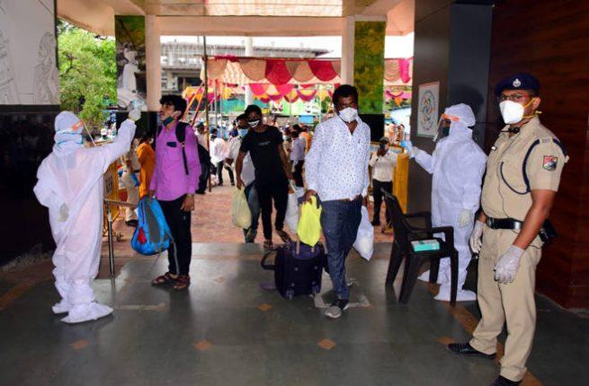 भारतमातेच्या जयघोषात श्रमिक विशेष रेल्वे १४७७ मजुरांना घेऊन कोल्हापुरातून राजस्थानकडे रवाना