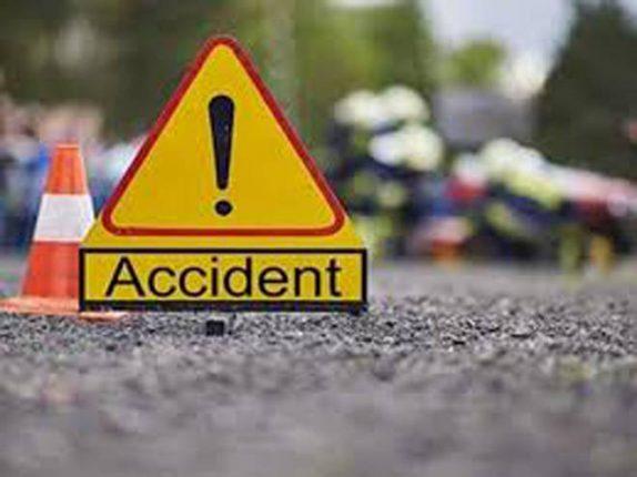 नवीन पनवेल पोलीस चौकीजवळ अपघातात दुचाकीस्वार जखमी