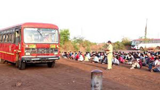 गेल्या ७ दिवसांमध्ये १० हजार एस.टी.बसमधून १ लाख ३४ हजार ५३८ मजूर राज्यांच्या सीमेपर्यंत रवाना