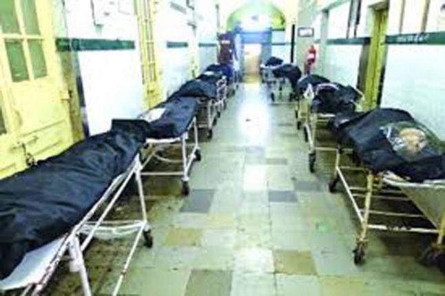 केईएम रुग्णालयाच्या शवागाराची धुरा केवळ चार कर्मचाऱ्यांवर ?