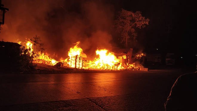 भिवंडीत भंगार गोदामांना भीषण आग