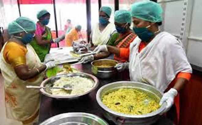 रेशनिंगवर पुरेसा अन्नधान्य पुरवठा नसल्यानेकम्युनिटी किचन सुरू ठेवा – रिपाइंची मागणी