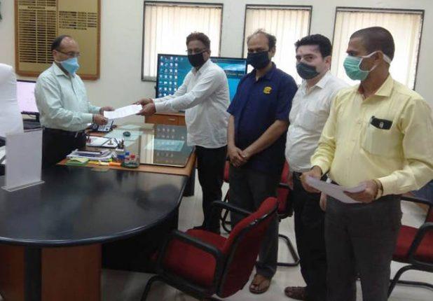 कामगारांवर होणाऱ्या अन्याया विरोधात भारतीय मजदूर संघाने शासनाकडे दिले निवेदन