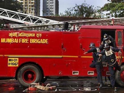 मुंबई अग्निशमन दलाच्या आणखी एका जवानाचा मृत्यू