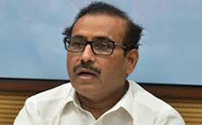 राज्यात सार्वजनिक ठिकाणी थुंकल्यास, धुम्रपान केल्यास दंडासह शिक्षा ठोठावणार – आरोग्यमंत्री राजेश टोपे