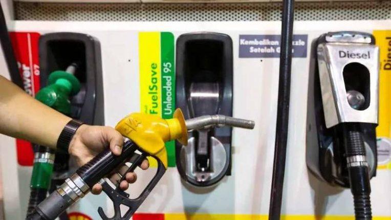 पेट्रोल-डिझेल दरवाढीमुळे जनता त्रस्त