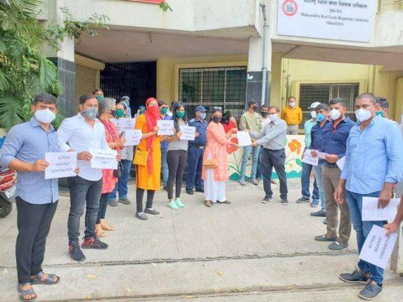 वाघोली ग्रामस्थांचे पीएमआरडीए कार्यालयासमोर आंदोलन