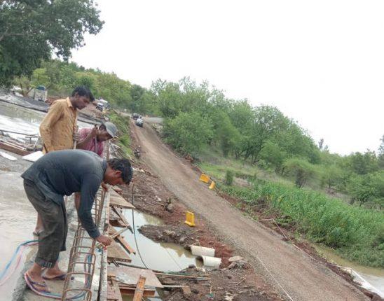 शहापूर – मुरबाड वाहतुकीत अडथळा – भाकरवाडी पूलाचे काम अद्याप अपूर्ण