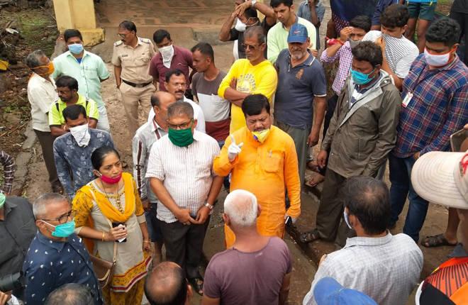 चक्रीवादळामुळे उद्ध्वस्त झालेल्या घरांना प्रत्येकी ३ लाख रुपये द्यावेत – प्रवीण दरेकर यांची मागणी