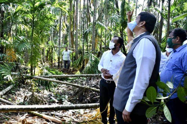 केंद्र सरकारकडून भरीव मदत मिळण्यासाठी भाजपा आग्रही – देवेंद्र फडणवीस यांची कोकणवासियांना ग्वाही