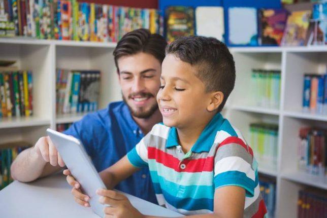 ऑनलाईन शिक्षण पद्धतीने पालक अडचणीत : पालकांना आर्थिक भुर्दंड