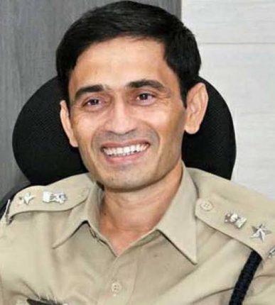 पोलीस अधीक्षक पाटील बनले पोलिसांसाठी कोरोना योद्धा