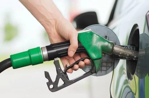 इंधन दरवाढीचे पुन्हा चटके, पेट्रोल डिझलचे आजचे दर काय?, जाणून घ्या