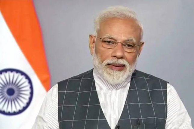 पंतप्रधान नरेंद्र मोदींनी मुख्यमंत्र्यांशी साधला संवाद, मुंबईतील परिस्थीतीवर मदतीचे दिले आश्वासन