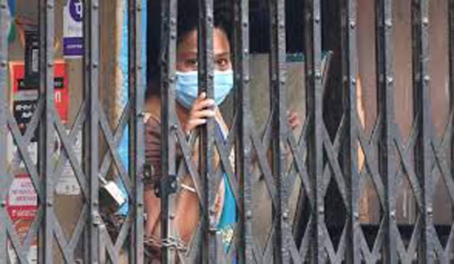 रूग्णांचा आकडा दररोज वाढतोय; मुंबईत २७०० पेक्षा जास्त इमराती सील