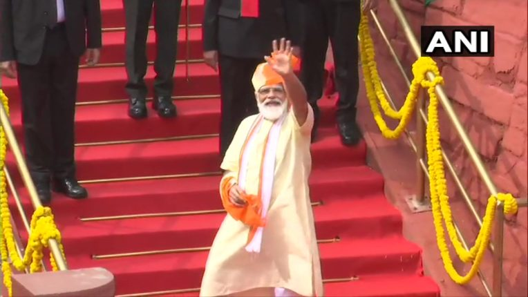 'मेक इन इंडिया' सह 'मेक फॉर वर्ल्ड' : पंतप्रधान नरेंद्र मोदी