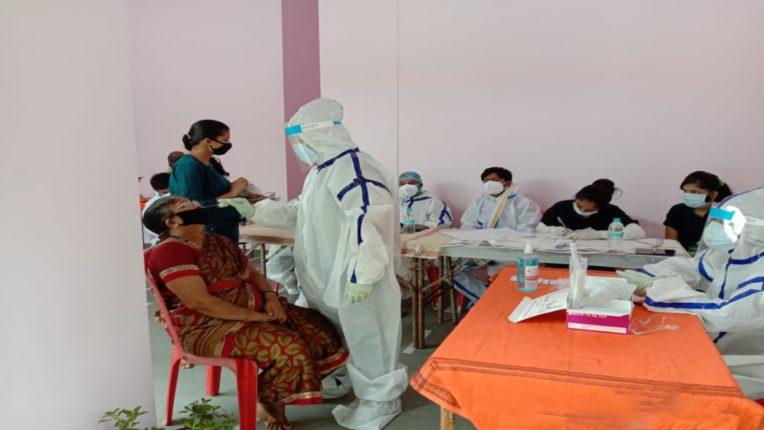 डोंबिवलीच्या प्रभाग क्र. २६ मधील नागरिकांची अँटीजेन टेस्ट