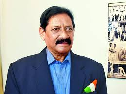 भारताचे माजी क्रिकेटपटू, उत्तरप्रदेशचे मंत्री चेतन चौहान यांचं निधन