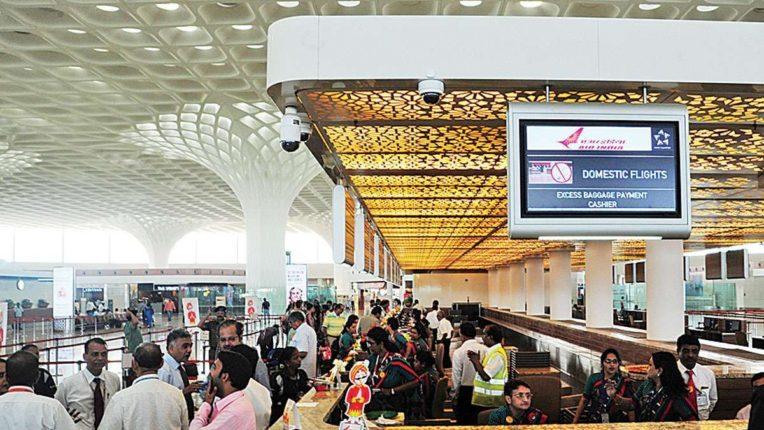 …तर 'जीव्हीके' बाहेर; अदानी समूहाचे मुंबई विमानतळात सर्वात अधिक भागभांडवल