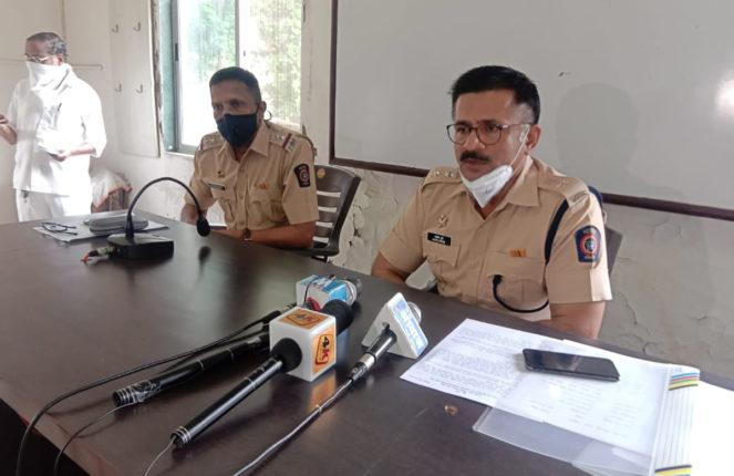 पनवेल पोलिसांनी पकडले बार्शीतील गरिबांचे लाखो रुपयांचे रेशनचे धान्य