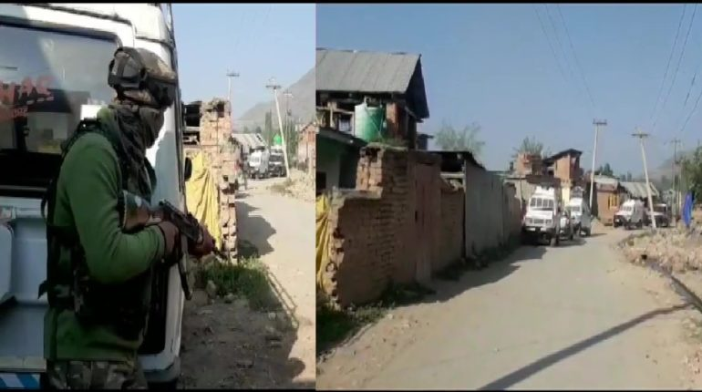 security forces clash with militants