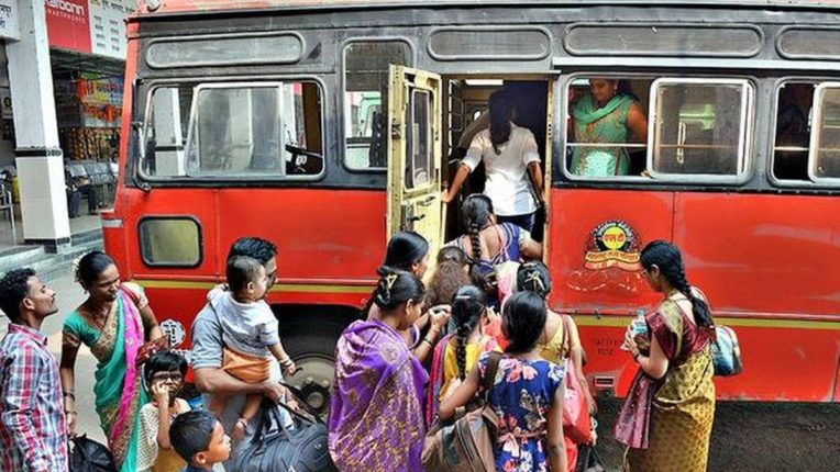 passengers and msrtc workers unions oppose decision to buses run with full capacity