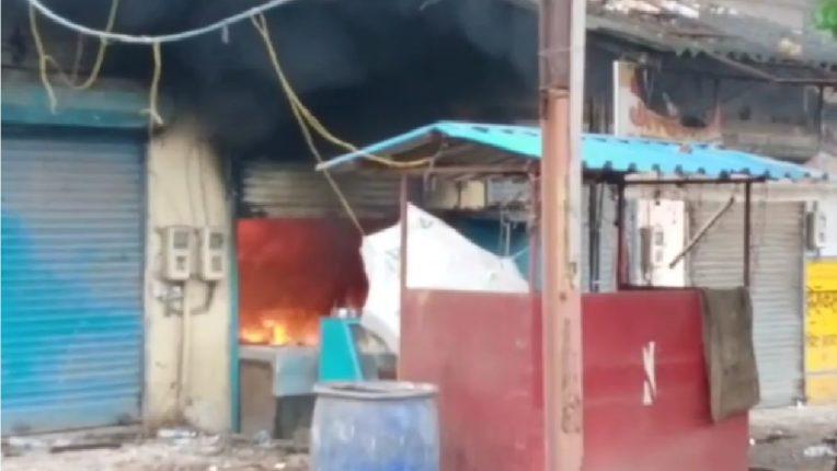 गॅस लिकेजने लागलेल्या आगीत हॉटेल जाळून खाक