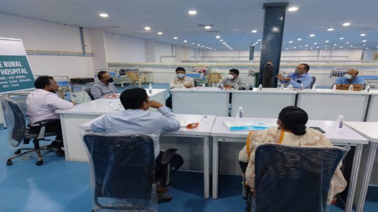 District Collector reviews Thane District Rural Covid Center
