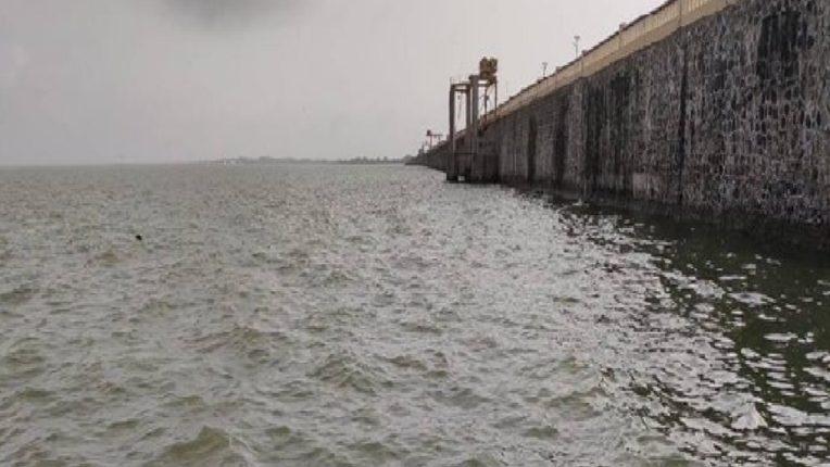 जायकवाडी धरणातून ३ हजार ७०० क्युसेक पाण्याचा विसर्ग गोदावरी नदी पात्रात सुरू