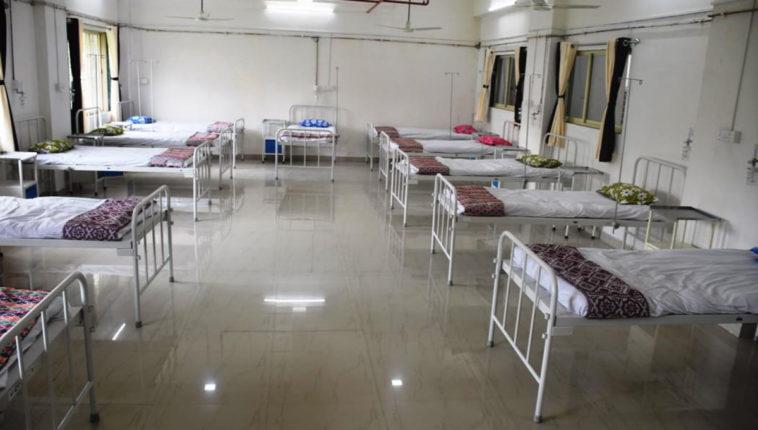 वसई -विरार पालिकेचे पिछे मुड – ५ दिवसांत ५५० रुग्ण सापडल्यावर लसीकरण केंद्रालाच बनवले कोरोना केअर सेंटर
