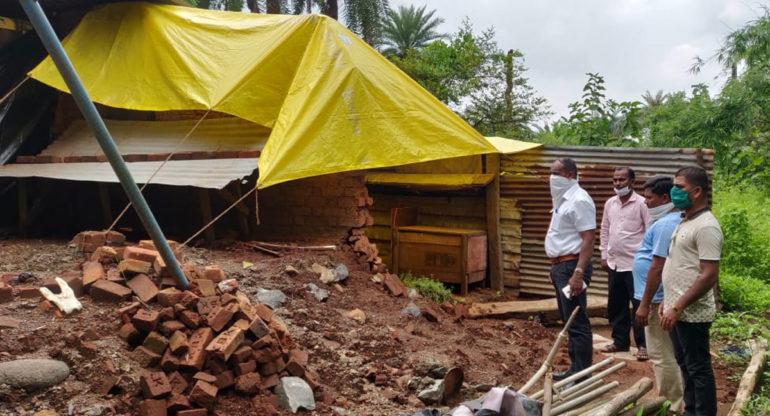 आमदार निकोलेंनी भूकंपग्रस्तांसाठी केली ५ कोटींची मागणी