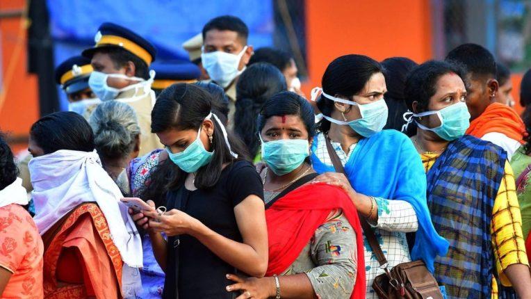…तर भारतातून कोरोना संपेल आणि लोकांना मास्कचा वापर करावा लागणार नाही; भारतीय वंशाच्या अमेरिकन डॉक्टरचा दावा