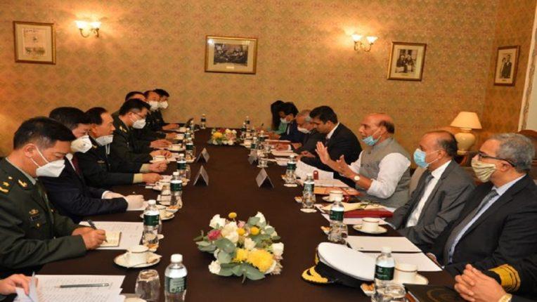 भारत-चीनच्या संरक्षणमंत्र्यांमध्ये रशियाच्या मॉस्कोत बैठक