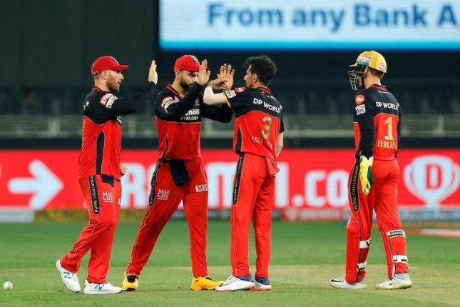 रॉयल चॅलेंजर्स बंगलोरची हैदराबादवर १० धावांनी मात