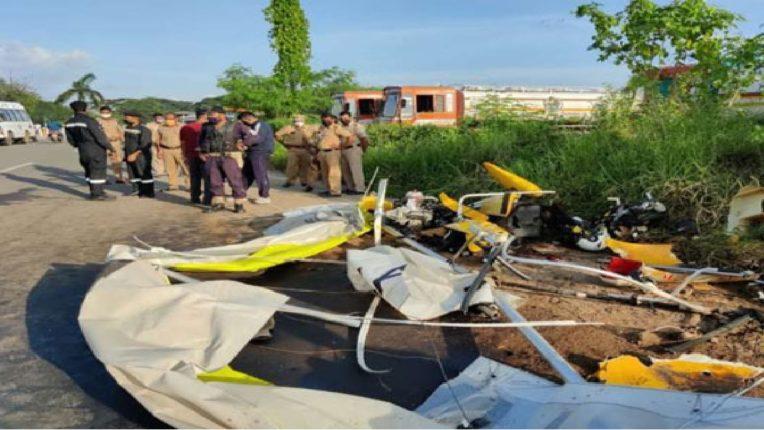 Navy power glider crashes
