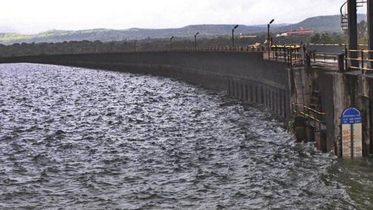 Discharge of 3424 cusec water from Khadakwasla dam started Administration alert