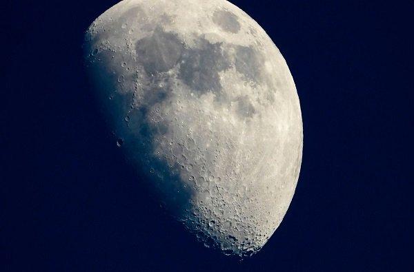 चंद्राच्या पृष्ठभागाला चिनी नावे; आंतरराष्ट्रीय खगोलशास्त्र संघटनेची मान्यता