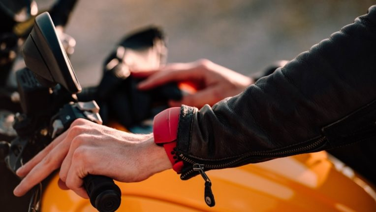 new wearable device warns riders hazards and speed limits