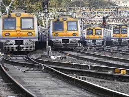 Mumbai Power Cut Update : नवी मुंबई परिसरातील वीज पुरवठा सुरळीत; हार्बर मार्गावरील CSMT-पनवेल दरम्यानची लोकलसेवा हळूहळू पूर्वपदावर