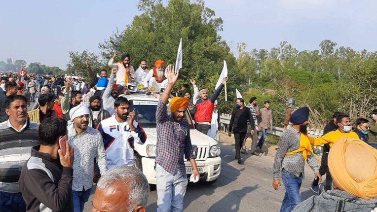 दिल्लीतील शेतकरी आंदोलनाचे देशभरात पडसाद