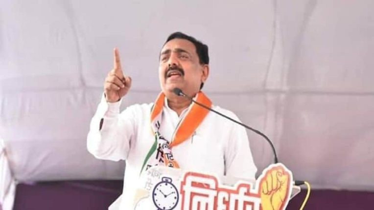 The applause, the clapping of hands, the lighting of the lamps did not go away, but increased; Jayant Patil slammed the BJP