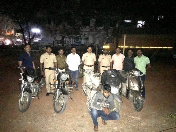 मोटारसायकल चोराला अटक : ५ दुचाकी हस्तगत ;बारामती ग्रामीण पोलिसांची कारवाई