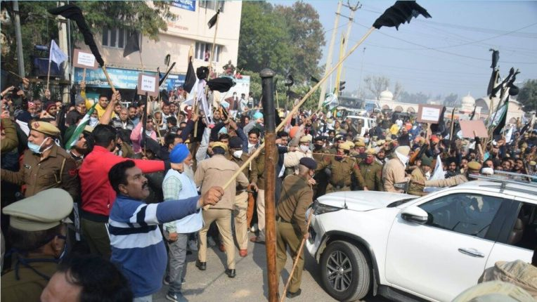 Haryana CM's convoy blocked with black flags, 13 farmers charged with murder