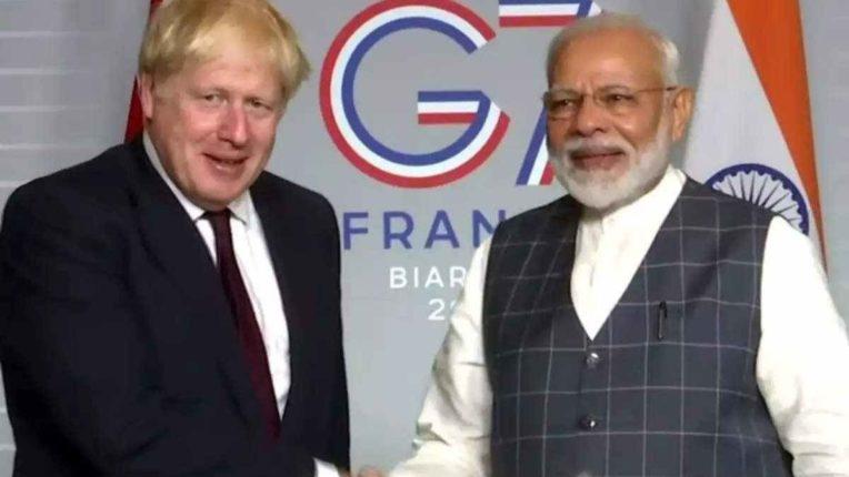 ब्रिटनचे पंतप्रधान बोरिस जॉन्सन आणि भारताचे पंतप्रधान नरेंद्र मोदी