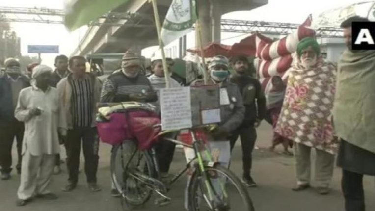 11 days and 1000 km cycle journey; Unique support for 60 year old Manjhi