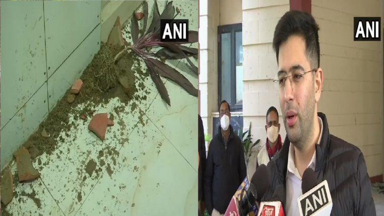 दिल्लीतील डीजेबी मुख्यालयात हिंसक टोळक्यांचा तुफान राडा, भाजपचा हात असल्याचा आपचा आरोप