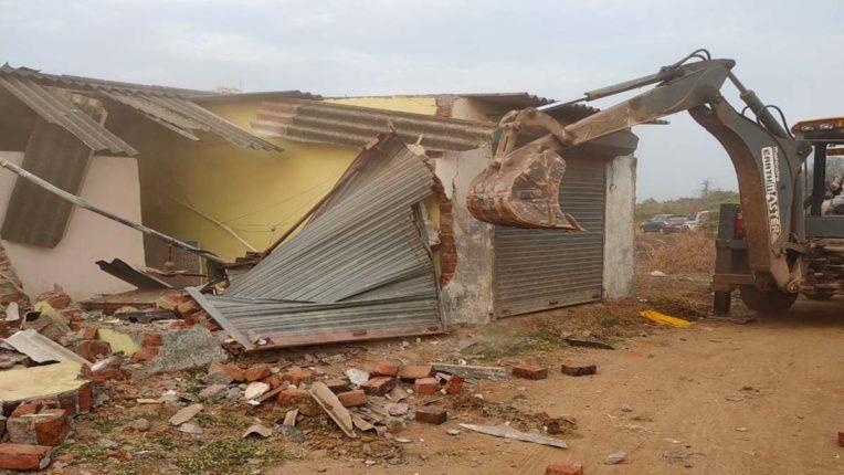 demolition in kalyan