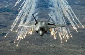 चीनचे धाबे दणाणले ; अमेरिकेने F-35 A लढाऊ विमानातून केला 'अणुबॉम्ब' डागण्याचा सराव